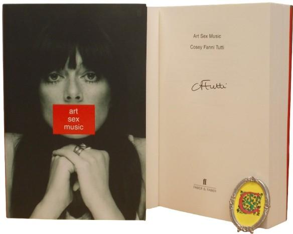cosey_fanni_tutti_paperback_signed